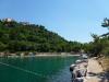 Tip na koupání: Omišalj, opuštěný hotel Ucka a jeho pláž